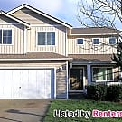 Well Maintained 2-Story Home in Eastpointe! - Tacoma, WA 98446