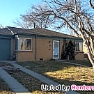Great 2 Bed, 1 Bath w/ 2 Garages and Fenced... - Denver, CO 80207