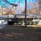 Charming Ranch with Convenient Location - Riverdale, GA 30296