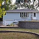 Cute 3BR Open Floor Plan! - Fridley, MN 55432