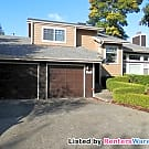 4 Bedroom Home - Must see to approciate - Kent, WA 98031