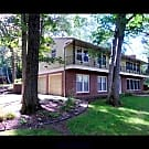 Beautiful House in North Oaks - North Oaks, MN 55127