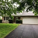Large Home with fenced yard - Lancaster, PA 17601