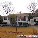 3 Bed / 2 Bath SFH in Orchard Beach / Water... - Pasadena, MD 21226