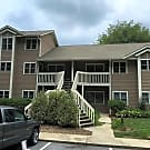 Beautiful Ground floor Condo in a wooded area - Asheville, NC 28803