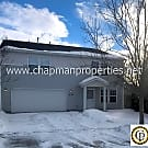 Huge 3200 square foot 4 bedroom home! Lots of amme - Boise, ID 83709