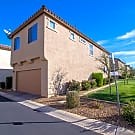 STUNNING 4 Bed / 2.5 Bath in Gilbert! - Gilbert, AZ 85297