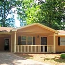 CUTE RANCH WITH FENCED YARD AND. MAJOR - Conyers, GA 30013