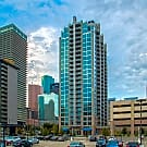 Skyhouse Houston - Houston, TX 77002