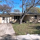 4 Bedroom, 1.5 Bath Brick Home near Downtown Du... - Duncanville, TX 75137