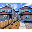 New 3 bed 2.5 bath Everett Townhome - Everett, WA 98201