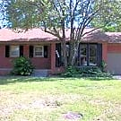 Super cute 2 bedroom house! - Oklahoma City, OK 73120
