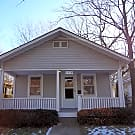 Great Jefferson 2-bedroom home in Waldo area - Kansas City, MO 64114