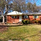Remodeled 3 Bedroom Brick Ranch home with fenced y - Charlotte, NC 28205
