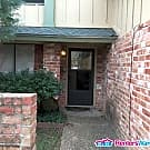 Cozy little Condo Close to North Town - Austin, TX 78758