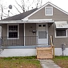 Nice 2 bedroom house located on corner lot - Louisville, KY 40242