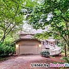 Gorgeous Secluded Home Water&Sewer Included... - Issaquah, WA 98027