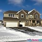 Stunning Home Built in 2016.  4 Bd 3 Ba 3 Stall... - Prior Lake, MN 55372