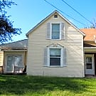 Very spacious 3 bed 2 bath single family home! - Leavenworth, KS 66048