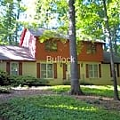 Lilburn/Parkview: Large 3BR(or 4)/2.5B Home - Lilburn, GA 30047