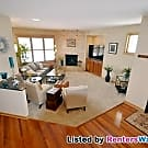 LUXURY 5BD/3.5BA HOME IN PLYMOUTH! - Plymouth, MN 55446