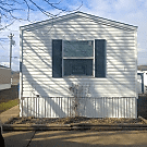 3 bedroom, 2 bath home available - Port Byron, IL 61275