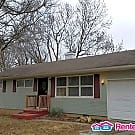 3 Bedroom Ranch In Ruskin Heights! - Kansas City, MO 64134