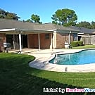 Lovely Home with a Pool in Southwest Houston! - Houston, TX 77035