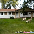 4 Bedroom home in Coon Rapids for a quick move in. - Coon Rapids, MN 55433