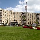 Hummingbird Pointe Apartments - Parma, Ohio 44129