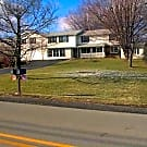 Country Setting/Close to all Conveniences - Uniontown, PA 15401