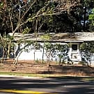 2/2 house with ceramic tile! - Gainesville, FL 32609