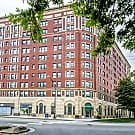 7100 South Shore - Chicago, IL 60649