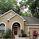 MEADOW WOODS RESERVE 4/2 W/BACKYARD - Valrico, FL 33594