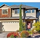 Bright tri-level 3150sf house w/ 4 bds & 3.5bths - Kirkland, WA 98034