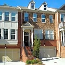 High End Large 3 BR/3.5 BA Townhome in South Vi... - Atlanta, GA 30339