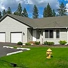 Large and Spacious Whitworth Area Duplex! - Spokane, WA 99218