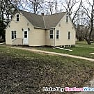 Lino Lakes  4 Bedroom House $1550 Avail 4/1 - Lino Lakes, MN 55014