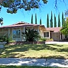Riverside pool home! - Riverside, CA 92504
