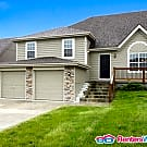 Stunning 4 Bedroom Home in the Northland - Kansas City, MO 64157