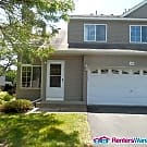Spacious Lino Lakes 4BD/3Bath townhome $1690... - Lino Lakes, MN 55014