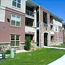 Penthouse near Old Towne Minutes to Lodo w/garage - Arvada, CO 80002