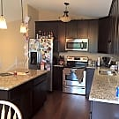 Awesome Location in Blaine! Close to shops/scho... - Blaine, MN 55434