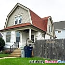 Burnham Park 3 Bdrm SFH - Milwaukee, WI 53215