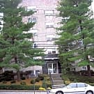 White House Apartments - Bloomfield, NJ 07003