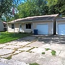 3 br, 1.5 bath House - 6824 S Lawndale Ave Lawndal - Indianapolis, IN 46221