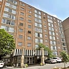 The Forum Apartments & Health Club - Cincinnati, Ohio 45220