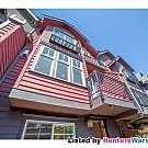 Stunning 3 bedroom Town home in Maple Leaf - Seattle, WA 98115