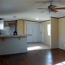 2 bedroom, 2 bath home available - Jacksonville, FL 32221