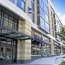 Midtown Crossing Apartments - Omaha, NE 68131
